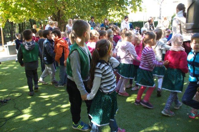 Szüreti mulatság a Székhely Óvodában - táncház